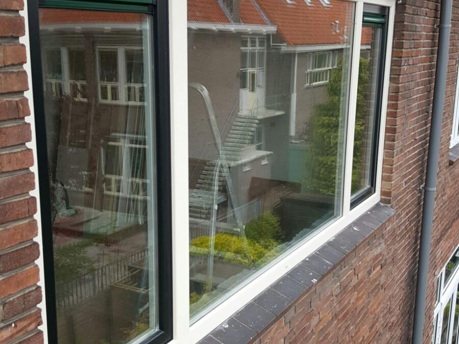 Gealan vlak profiel kunststof kozijnen geplaatst in Delft
